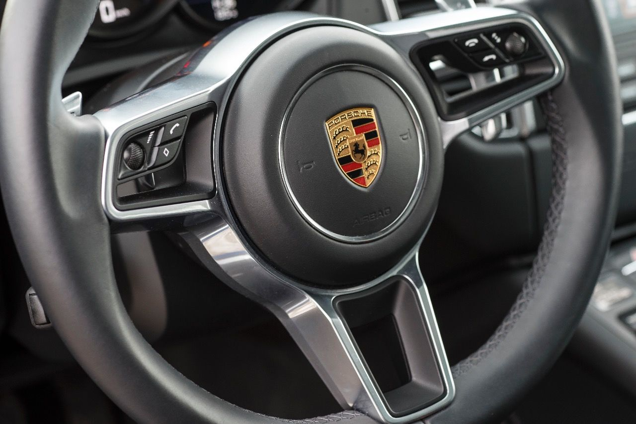 intensivtest porsche macan wie porschig ist ein. Black Bedroom Furniture Sets. Home Design Ideas
