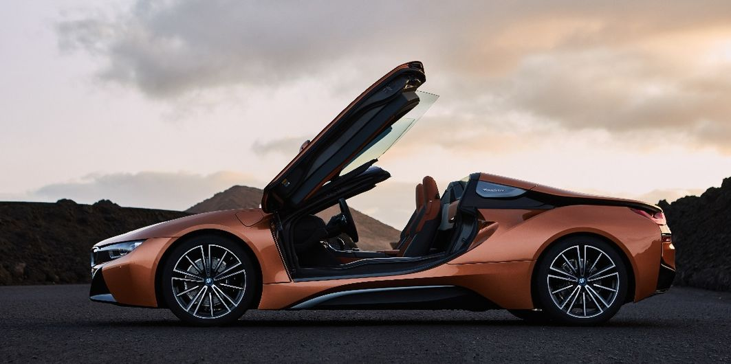LA-STARS IM CHECK: BMW i8 ROADSTER