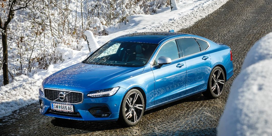 INTENSIVTEST: VOLVO S90 D5 AWD