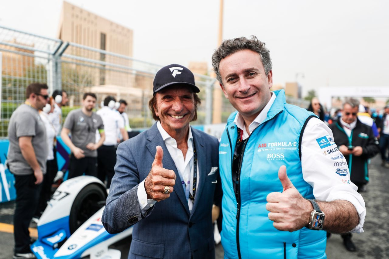 F1-Legende Emerson Fittipaldi mit FE-Boss Agag.
