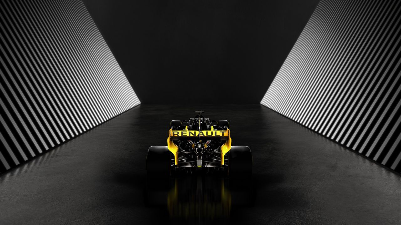 ...Renault R.S. 19.